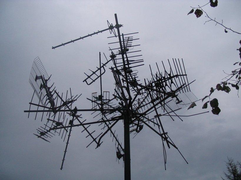 Antennabontás